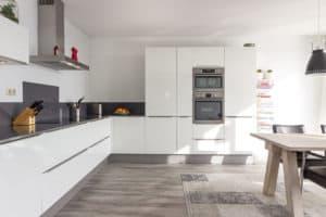 keuken woonkeuken wit strak modern