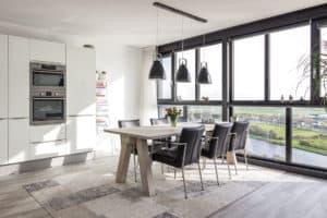 keuken woonkeuken uitzicht tasmantoren water groningen